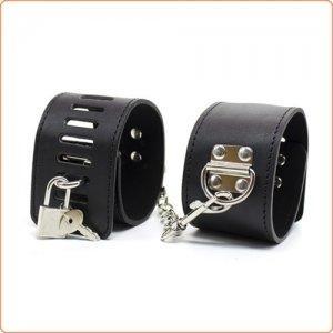 Cuffs/bondage